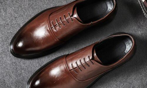 Scarpe formali da uomo scarpe Oxford in pelle PU per uomo scarpe eleganti italiane 2020 scarpe da sposa lacci brogue in pelle