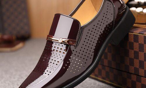 Gli uomini vestono scarpe in pelle PU Slip on moda uomo mocassino in pelle Glitter scarpe maschili formali scarpe a punta per uomo estate